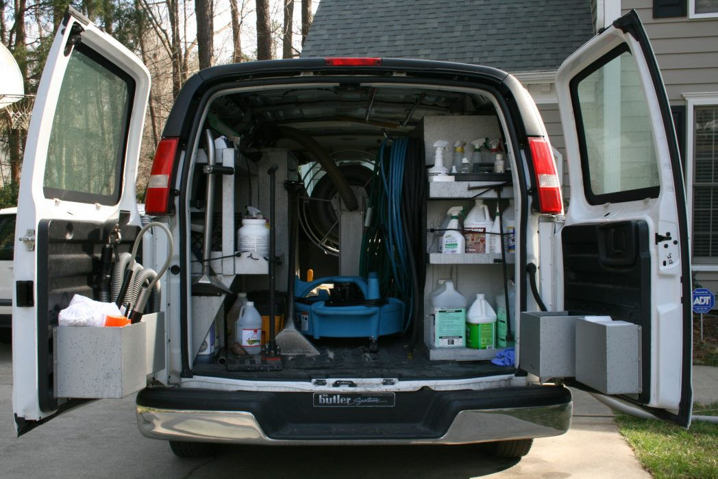 2009-03-10_Van_equipped_for_professional_carpet_cleaning