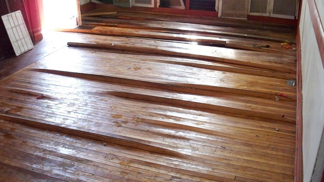 water-damaged-wood-flooring-Restoration Flood, Dehumidification_clean.bestgr.gr